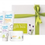 Blogoversary Competition: Win a Mum and Baby Gift box by the Green People