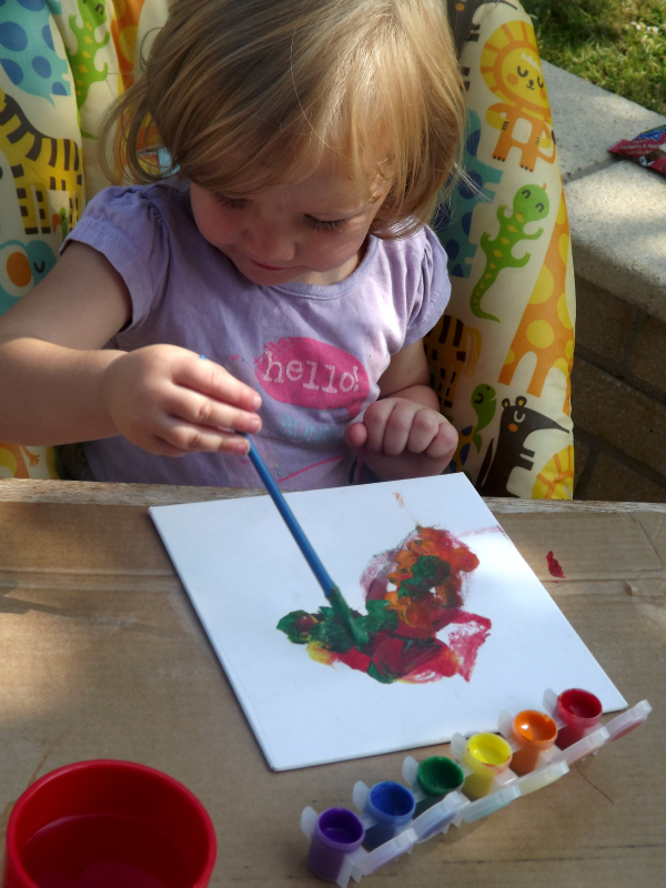 Ready, Set, Craft Link messy painting toddler craft 1
