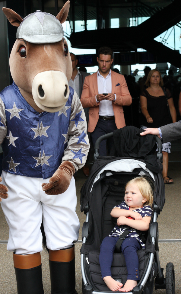Amy meets Ascot mascot at Ascot Shergar Cup 2013