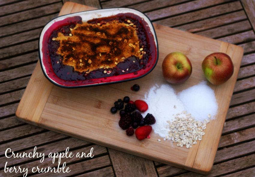 crunchy apple and berry crumble - quick and easy crumble recipe which makes a great dessert and winter warmer