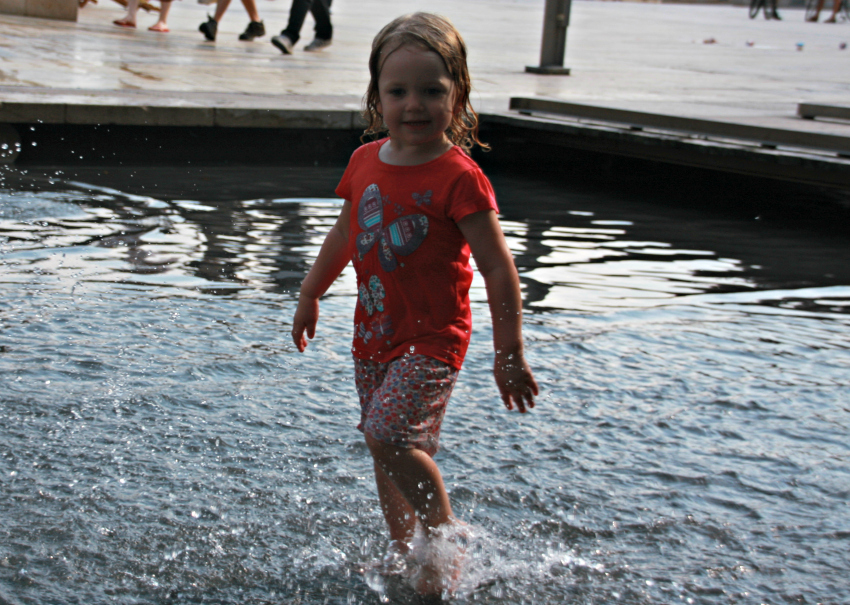 Sophie splashing about at @Bristol