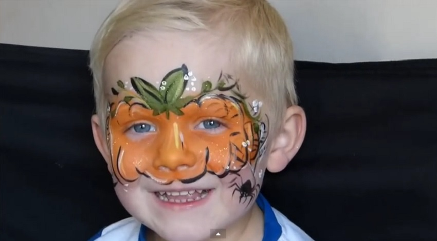 cute pumpkin face-painting for halloween