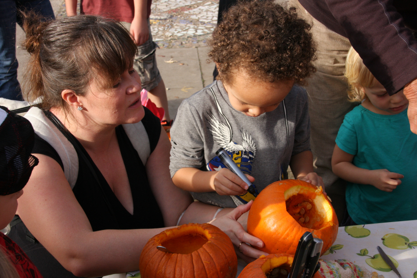 pumpkin carving at windmill hill city farm