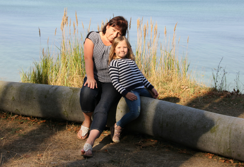 amy-and-oma-at-gespensterwald-nienhagen