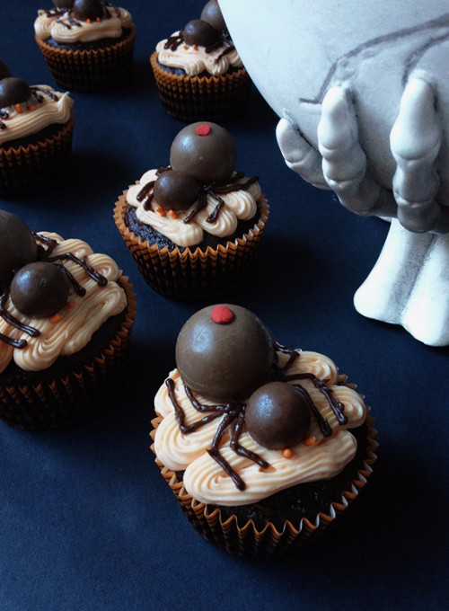 halloween-cupcakes-spider-cupcakes