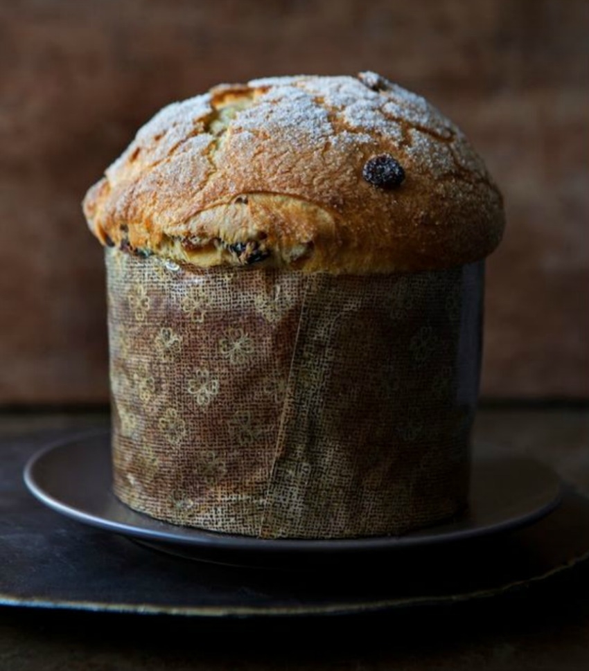 panettone for a traditional Italian christmas