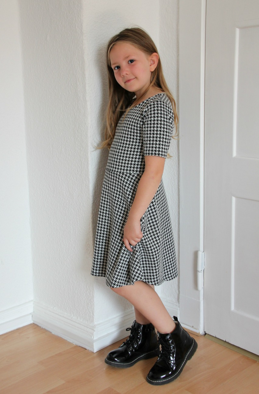 back to school with jake shoes, school shoes for girls, lelli kelly shoes for school 1