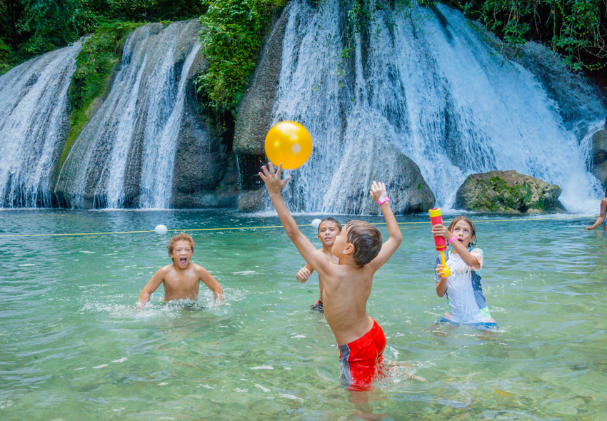 outdoor fun in jamaica, reach falls, dunn's river blue mountain national park