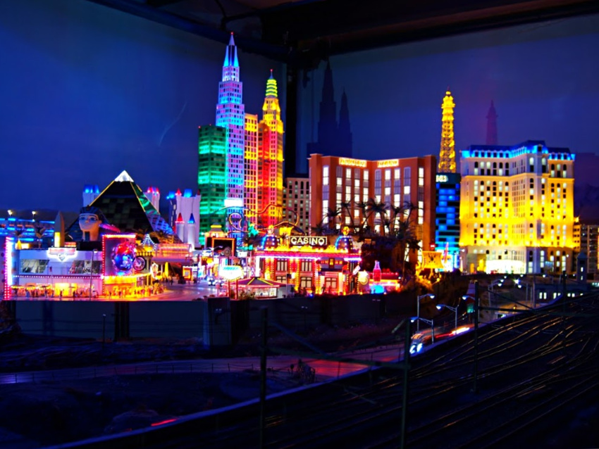 things to do in Hamburg with kids - miniatur wunderland - bad weather